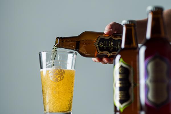 忽布古丹醸造 北海道 クラフトビール 注ぐイメージ